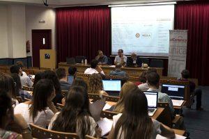 "presentació del llibre ""RTVV, paradigma de la triple cirisis de las televisiones públicas"" del professor i periodista Carlos López Olano."